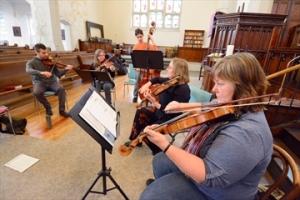 5hPLV_FiddlersFive0323_Content